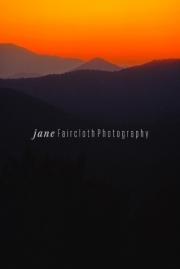 sunrise.mtns.vert